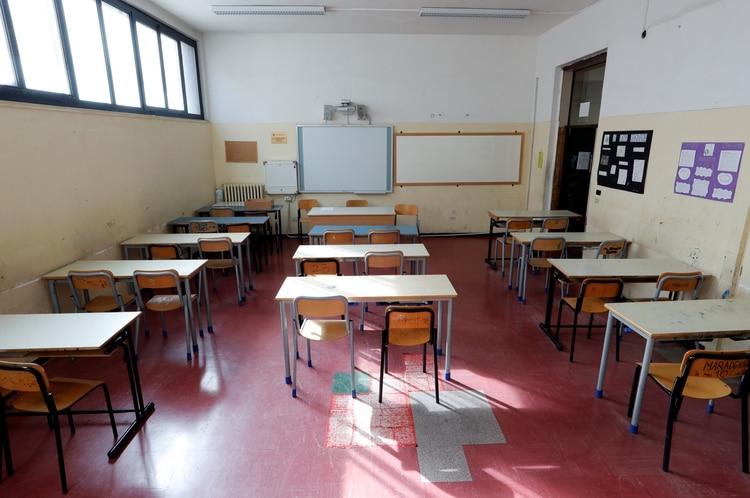 أغلقت إيطاليا جميع الكليات والجامعات للحد من انتشار فيروس كورونا ، الذي أصاب بالفعل 3089 شخصًا وتسبب في وفاة أكثر من 100 شخص (رويترز)