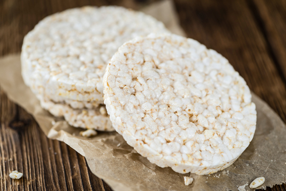 مقرمشات الأرز ، الاضطرابات الهضمية ، الحبوب ، الإفطار الصحي
