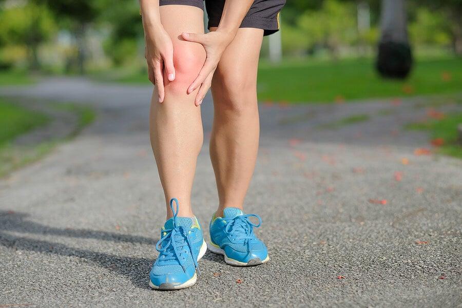 الأنشطة الهوائية التي تؤثر على الركبة عند الجري.