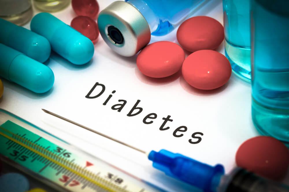 اتباع نظام غذائي صحي للوقاية من مرض السكري.