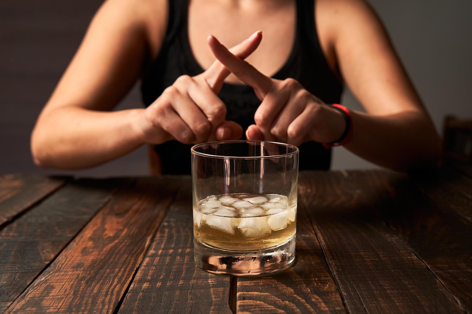 نصائح للعناية بالبنكرياس: لا تستهلك الكحول.