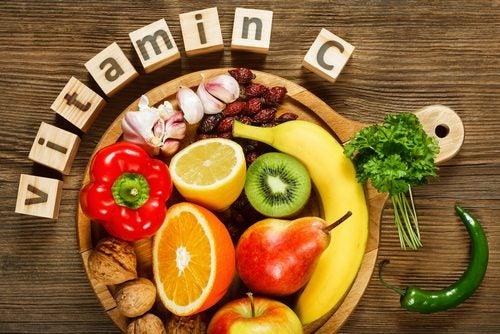 الخضار والخضروات ذات الفيتامينات الهامة لصحة الجلد