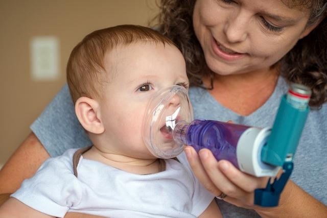 الربو عند الرضع: كيفية العناية بالطفل المصاب بالربو