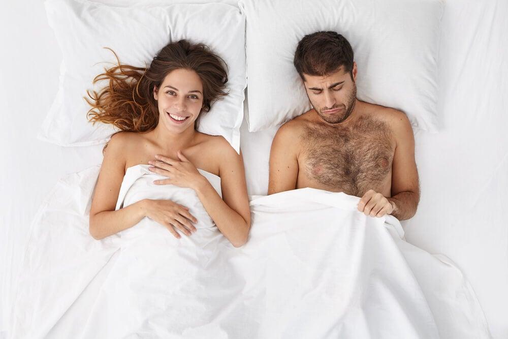 فقدان الرغبة الجنسية بسبب انخفاض هرمون التستوستيرون.
