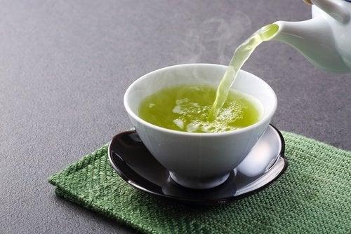 شاي أخضر