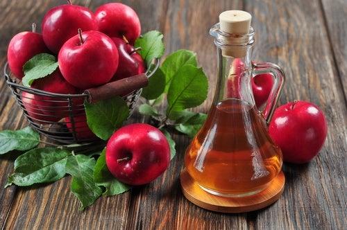 خل التفاح لعلاج حب الشباب الكيسي