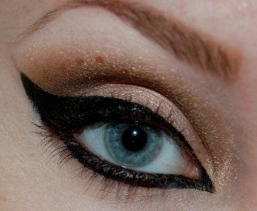 عين القط
