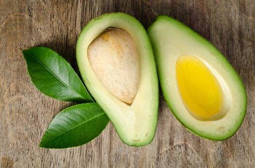 العناصر الغذائية في زيت الأفوكادو