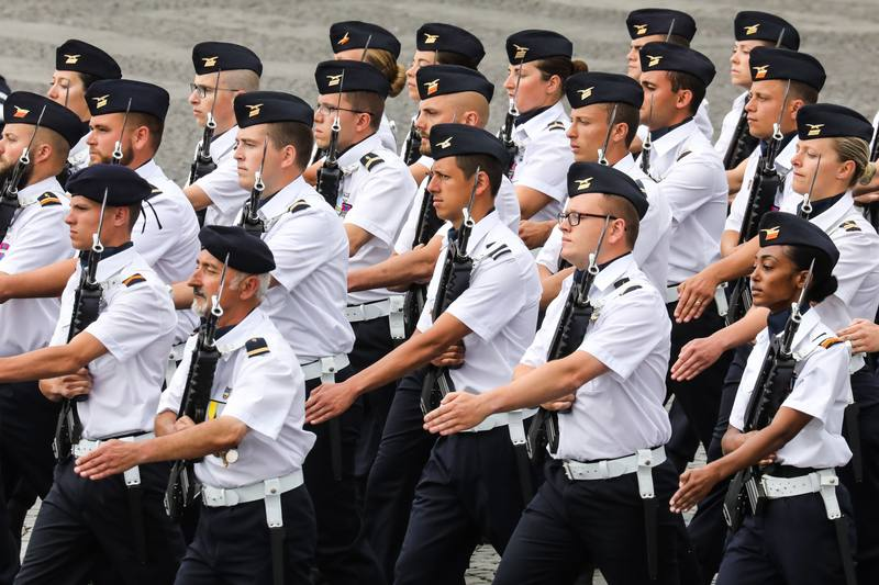 جنود قاعدة بريسي الجوية. AFP لودوفيك مارين