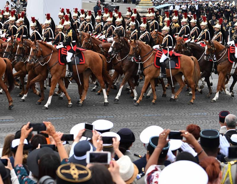 الحرس الجمهوري الفرنسي AFP ألين جوكارد