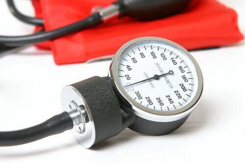 مراقبة ضغط الدم